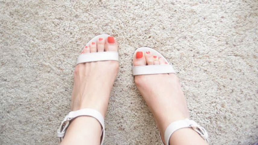 The Solar Nails | Use false nails to twinkle your toes: False toe ...